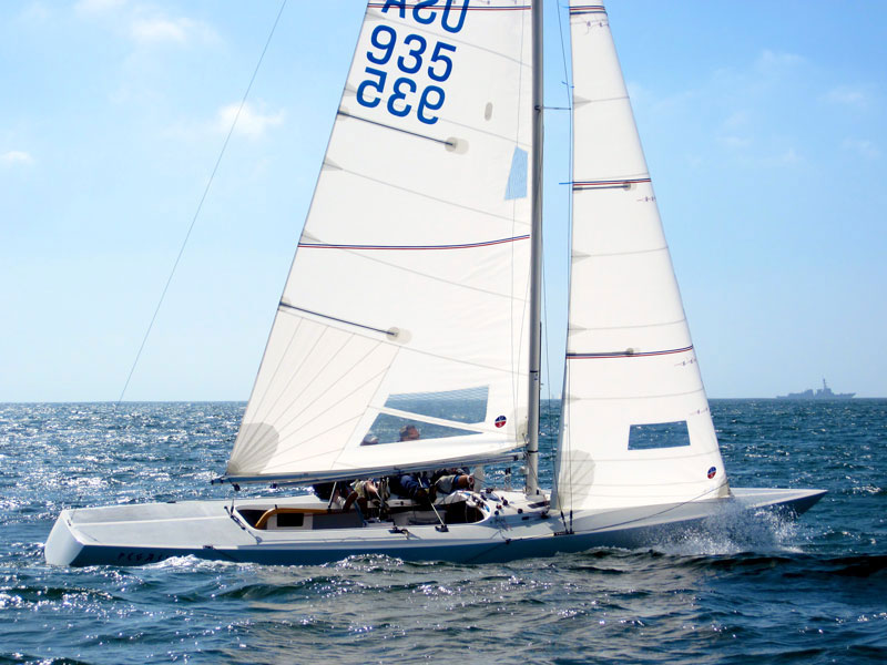 Race Series Durable and performance driven racing sails.